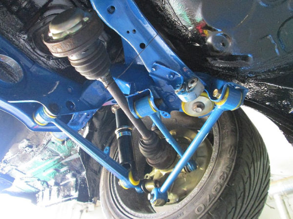 211631A: Rear track control arm outer bush 39mm SPORT